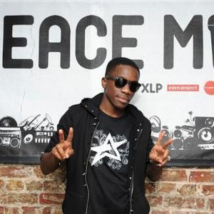 Tinchy Stryder Supporting Cheryl