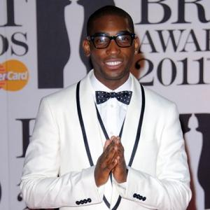 Tinie Tempah Introduces Mother To Dolly Parton