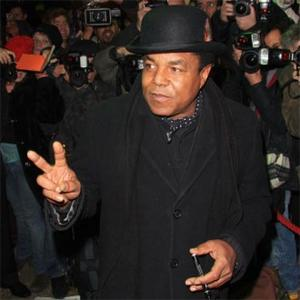 Tito Jackson To Marry In 2012