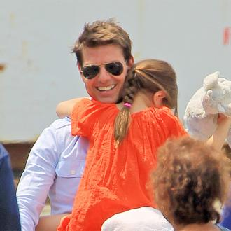 Tom Cruise Pays For $50k To Keep Suri Safe