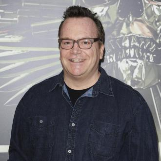 Tom Arnold files for divorce from Ashley Groussman