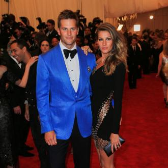 Gisele BüNdchen 'Illuminates' Tom Brady's Day