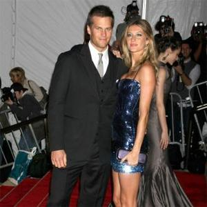 Affectionate Couple Tom Brady And Gisele Bundchen