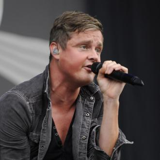 Tom Chaplin wants Calvin Harris collaboration