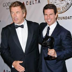 Tom Cruise Receives Entertainment Icon Award