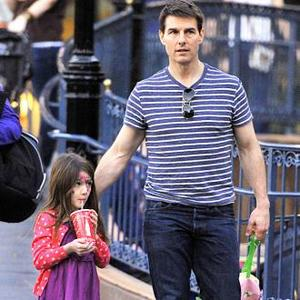 Tom Cruise Visits Suri In New York