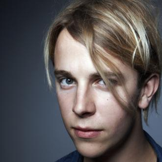 Tom Odell Worried About Breaking Finger
