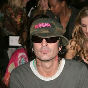 Tommy Lee Thinks Albums Make No Sense