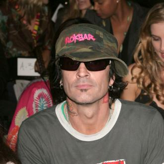 Tommy Lee slammed by son