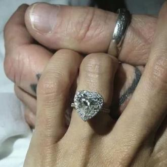 Tommy Lee is engaged again