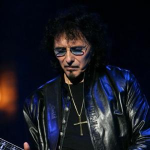 Tony Iommi 'Overwhelmed' By Fans' Support