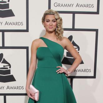 Tori Kelly Had To Collect Grammy Awards From A Pharmacy