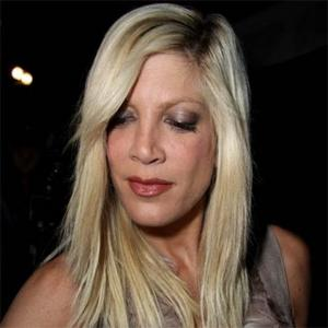 Tori Spelling Builds Mother Bond
