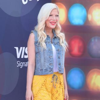 Tori Spelling suing for third degree burns