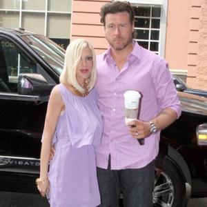 Tori Spelling's Husband Manicures