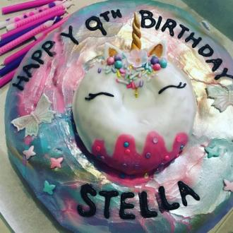 Tori Spelling hires unicorn for daughter's ninth birthday