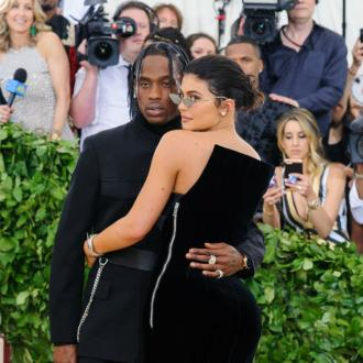 Travis Scott gives Kylie Jenner shoutout