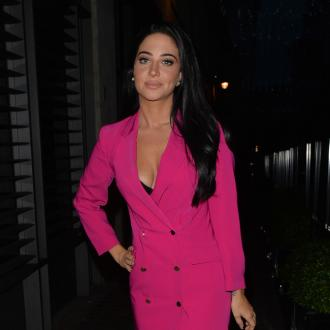Tulisa Contostavlos is afraid to do karaoke