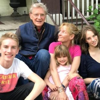 Uma Thurman 'grateful' for father
