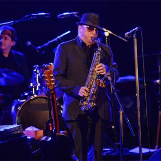 Van Morrison sings for rehab charity