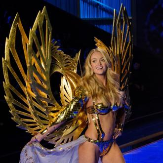 Lindsay Ellingson refuses to throw away old clothes