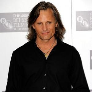 Viggo Believes Therapy Is 'Good'
