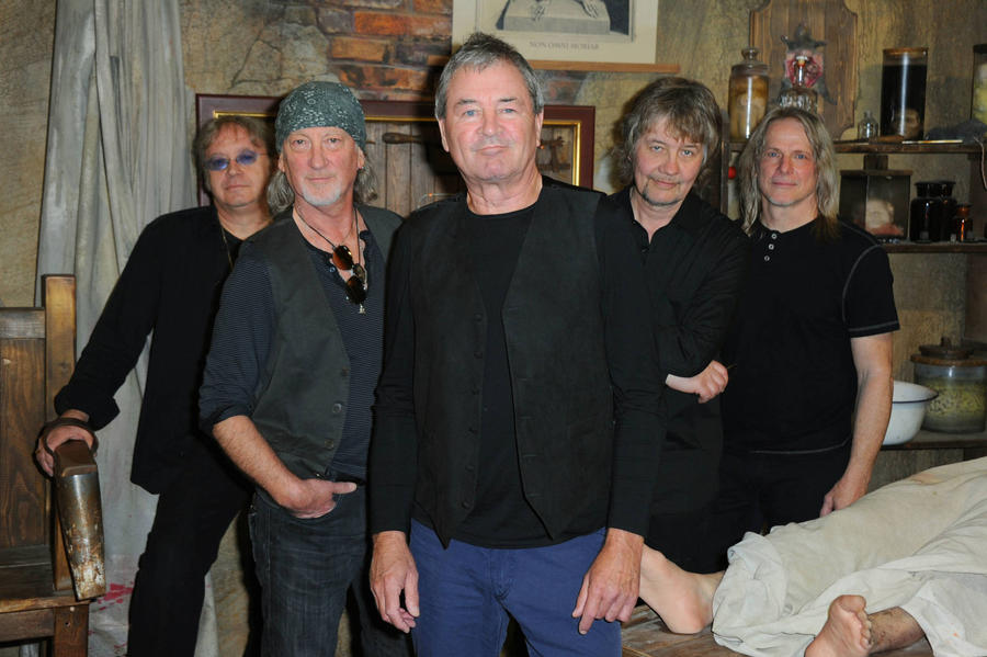 Deep Purple Sue Former Accountant