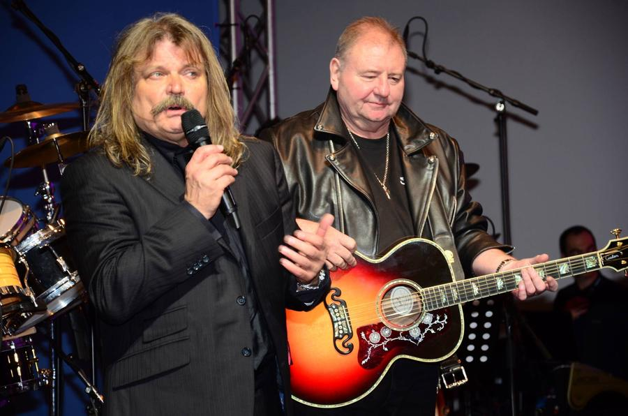 Greg Lake Pays Tribute To Late Bandmate Keith Emerson