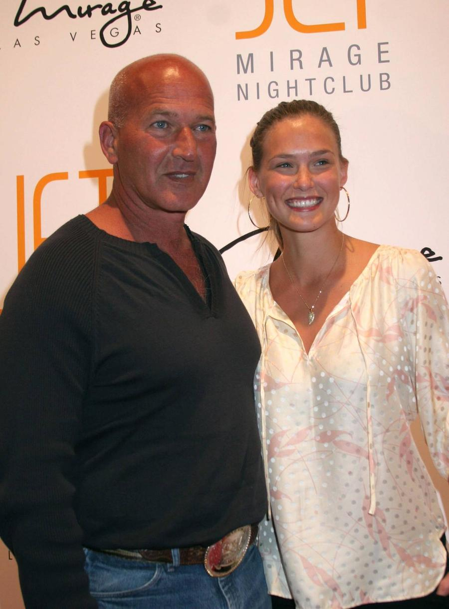 Bar Refaeli's Father Arrested Over Police Assault