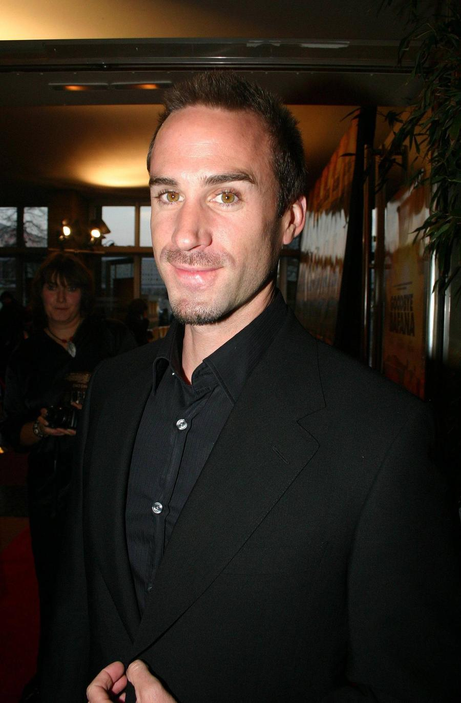 Joseph Fiennes Keen To See Bellini's Cherub At The Vatican