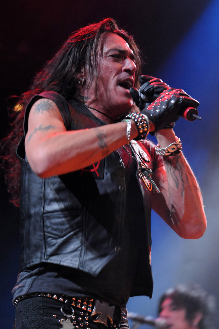 Stephen Pearcy Offers Ratt Fans Hope Of Another Reunion