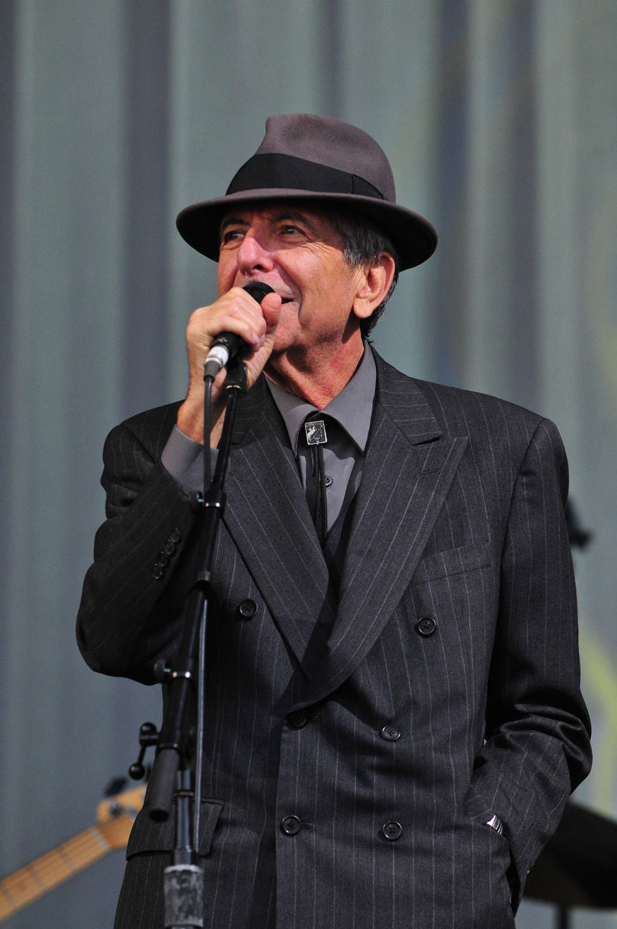 Leonard Cohen Laid To Rest At Family Synagogue