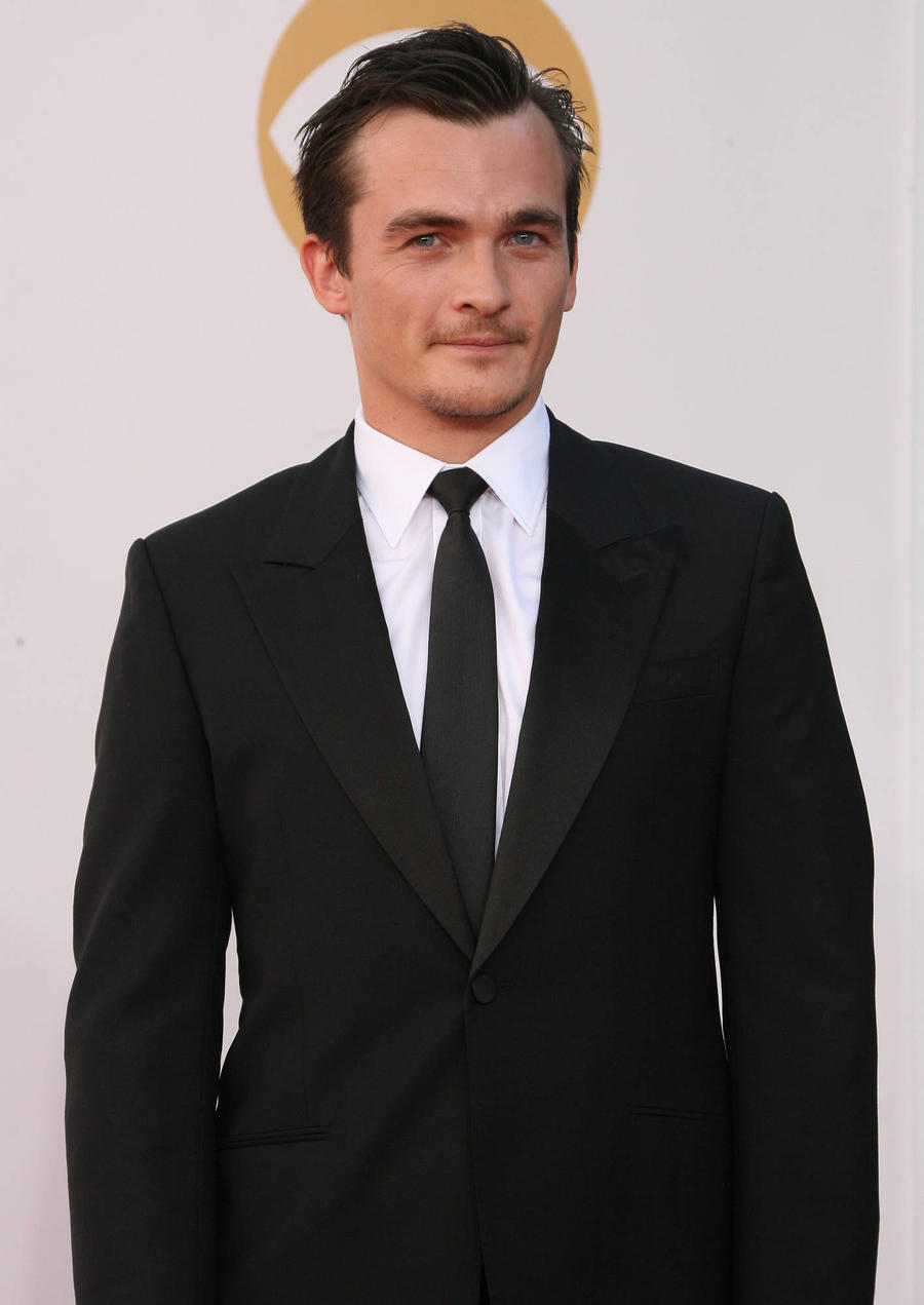 Homeland Production Rejigged After Rupert Friend Gets Injured