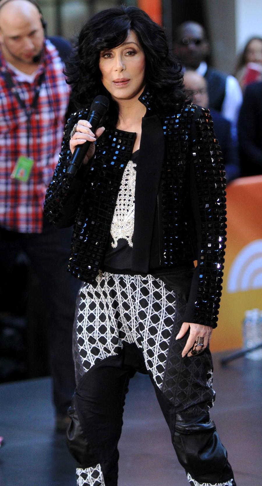 Cher Criticises Kate Hudson's Sportswear Company Fabletics