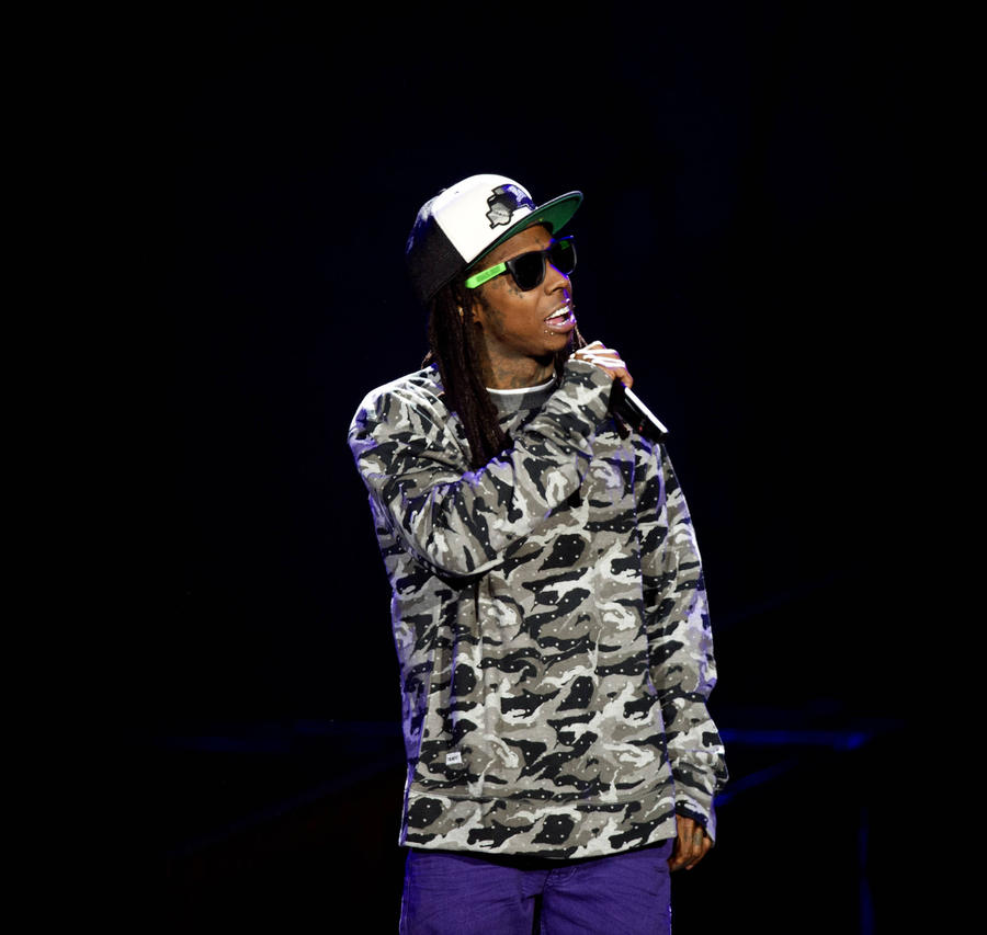 Lil Wayne Accuses Lawyers Of Overcharging Him