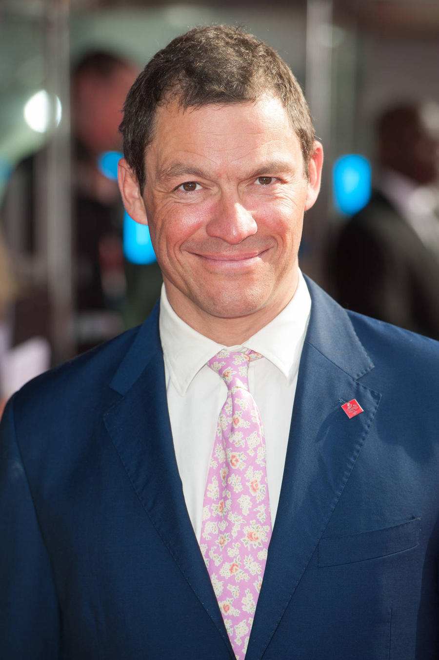 Dominic West Stays Grounded By Embracing Public Transport