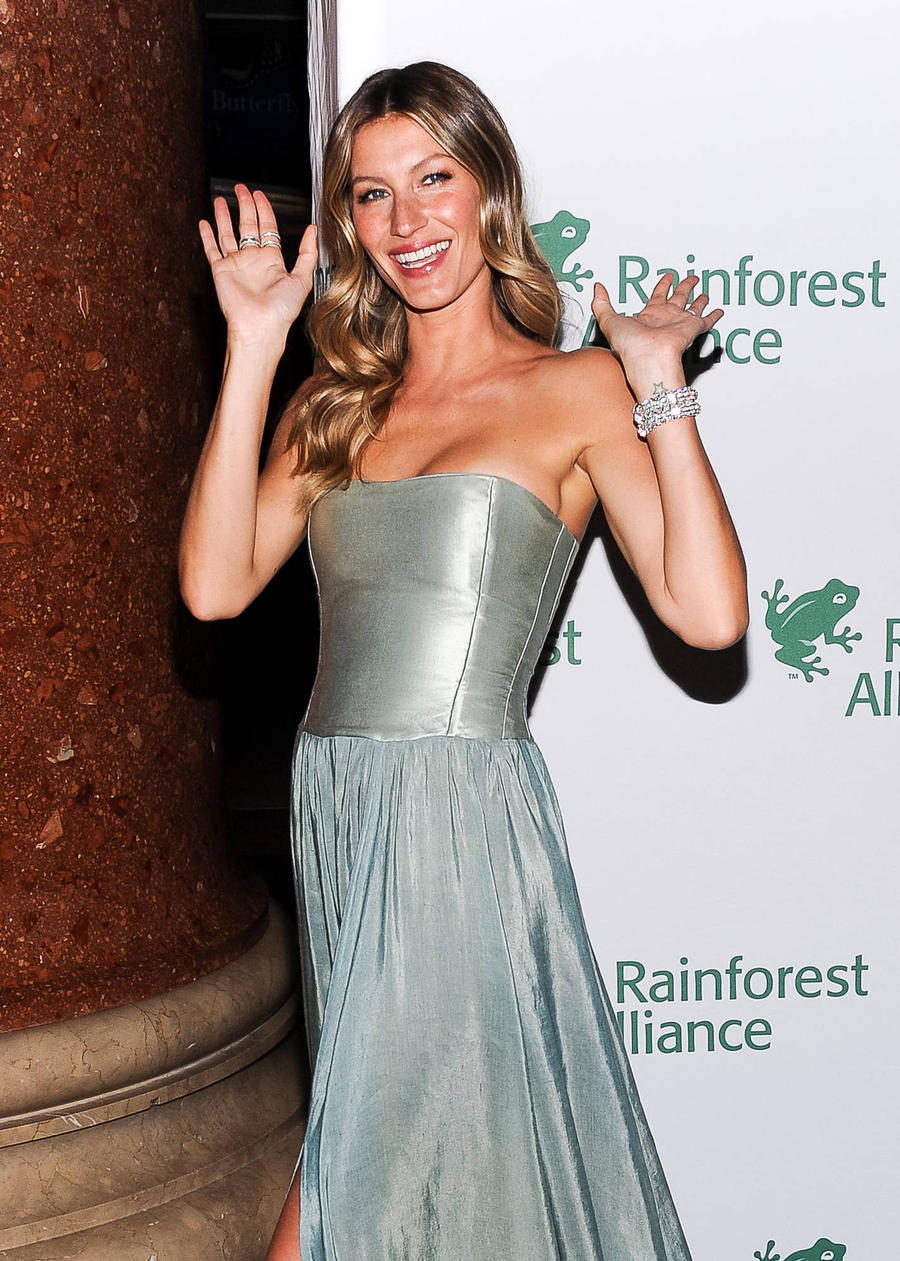Gisele Bundchen Heading Back To Runway For Olympics