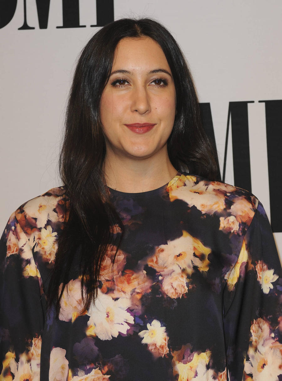 Vanessa Carlton Shows Stomach To Promote Positive Body Image