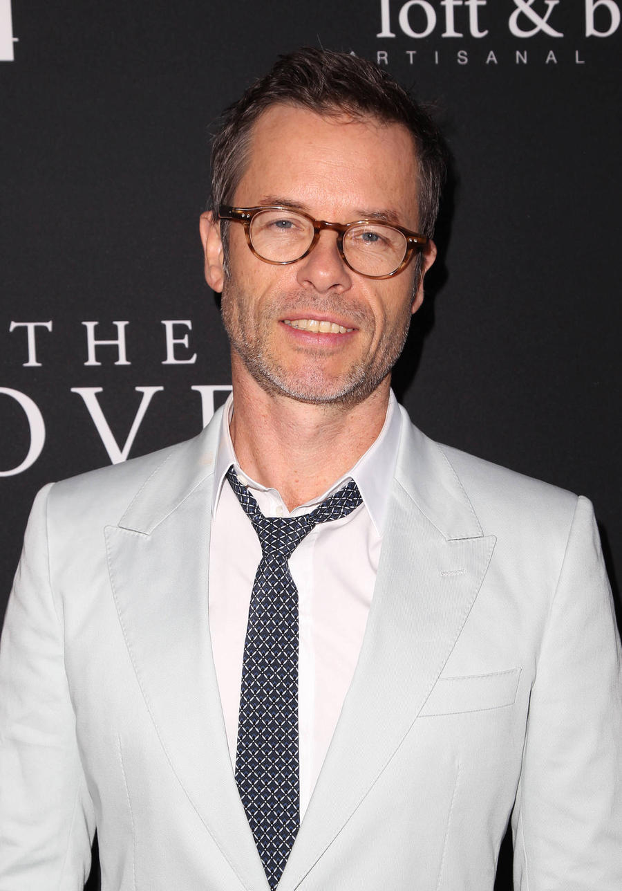 Guy Pearce And Carice Van Houten Expecting Baby