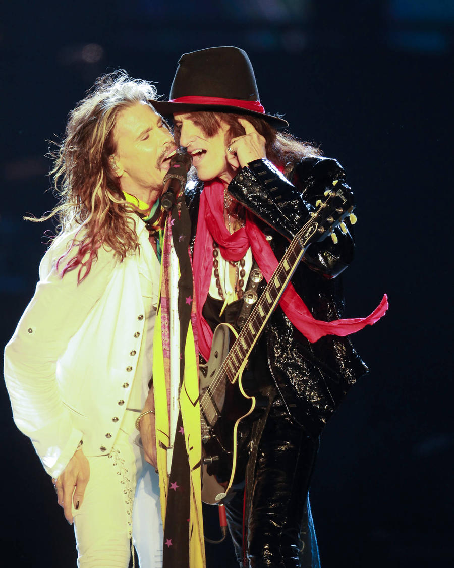 Joe Perry Not Impressed By Steven Tyler's Solo Song