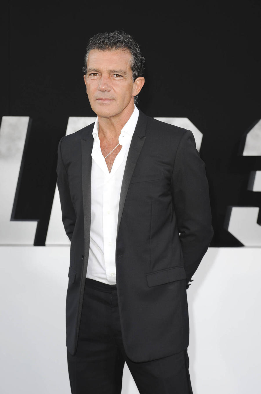 Antonio Banderas To Play Gianni Versace In New Biopic