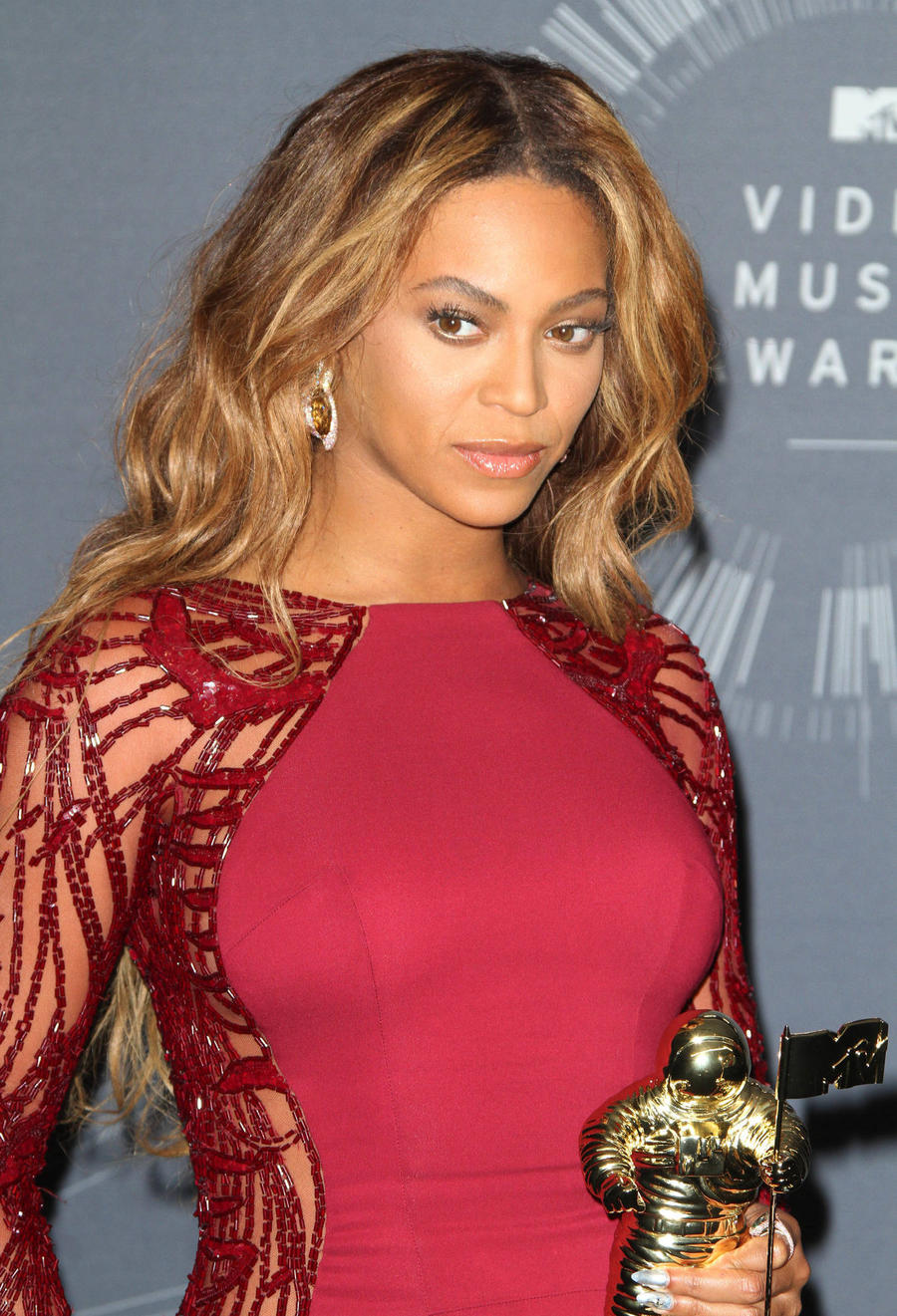 Beyonce Issues Call To Action After Latest Police Shootings