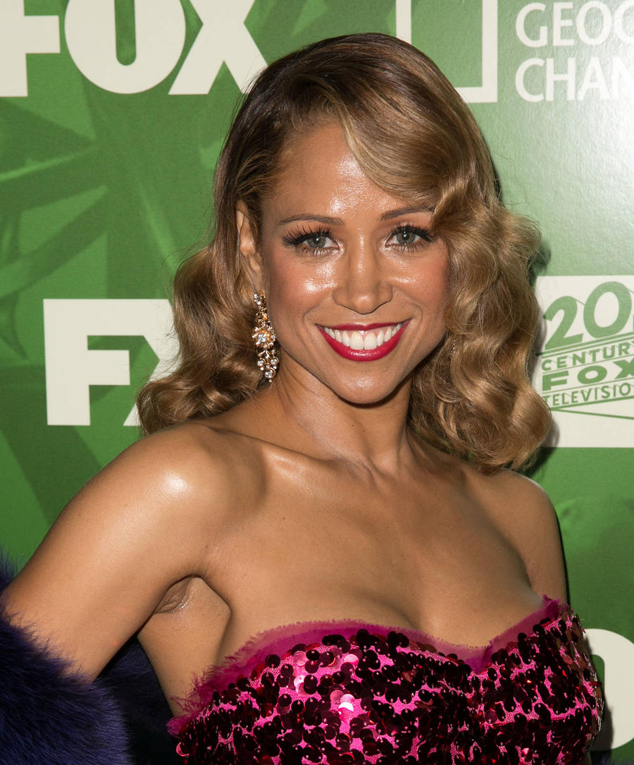 Stacey Dash To Sue Strip Club Over Image Use