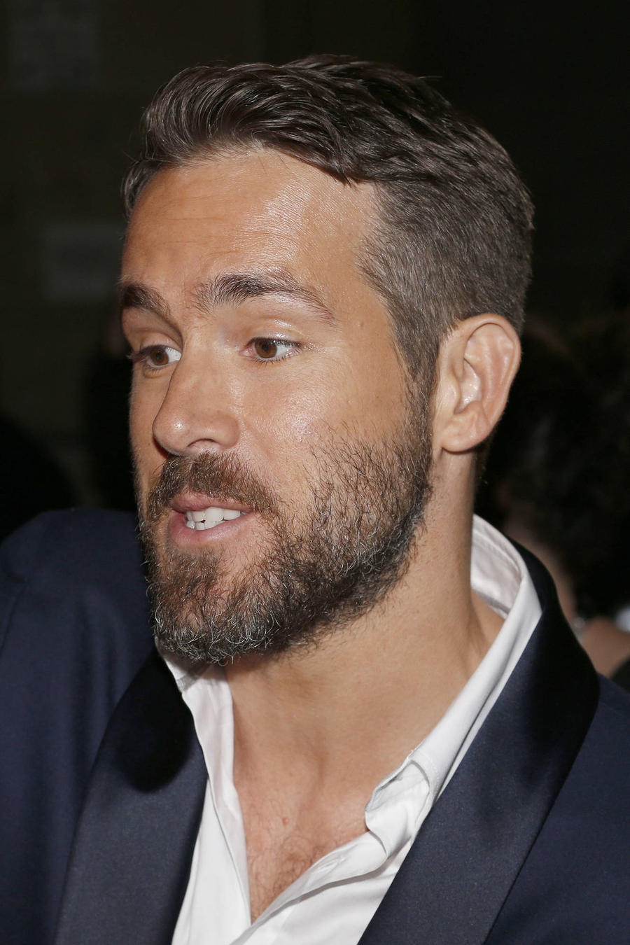 Ryan Reynolds Injured Back In Gym Workout
