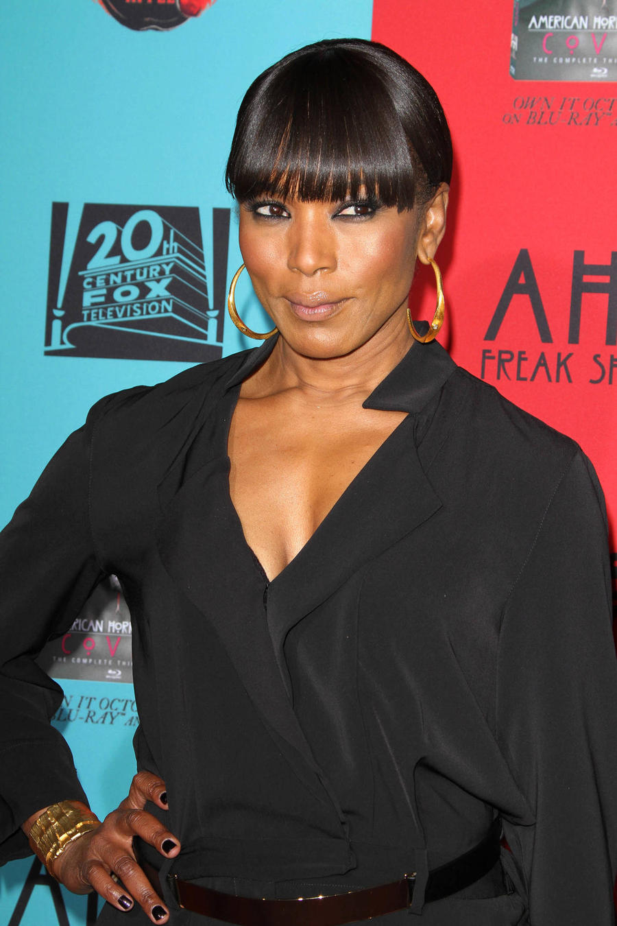 Angela Bassett To Launch New Skincare Range With Top Dermatologist