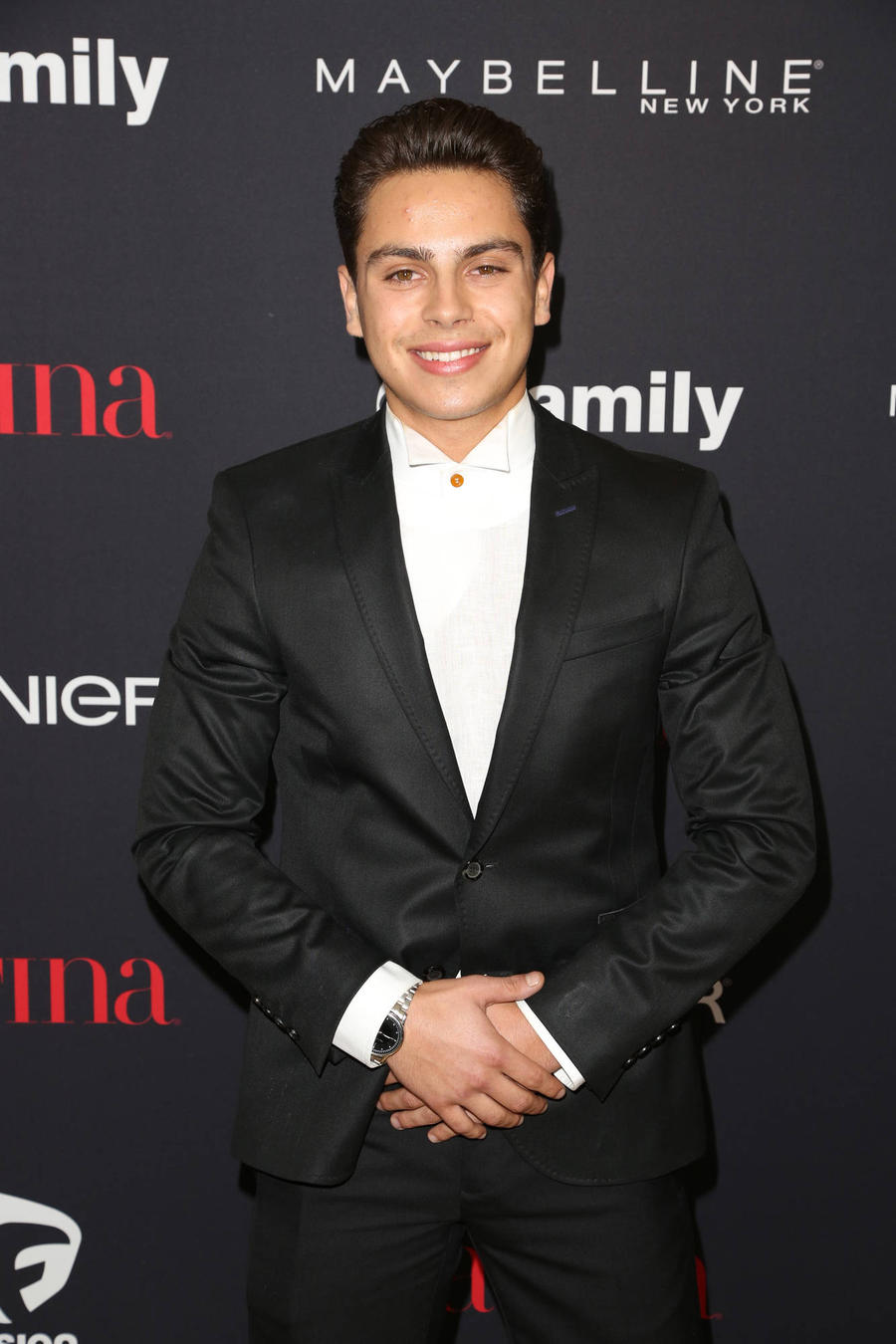 Jake T. Austin Wants Selena Gomez As His Dancing Cheerleader