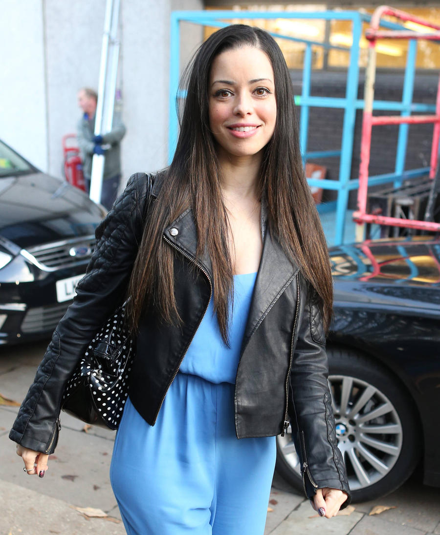 S Club 7 Star Tina Barrett To Be A First-time Mother