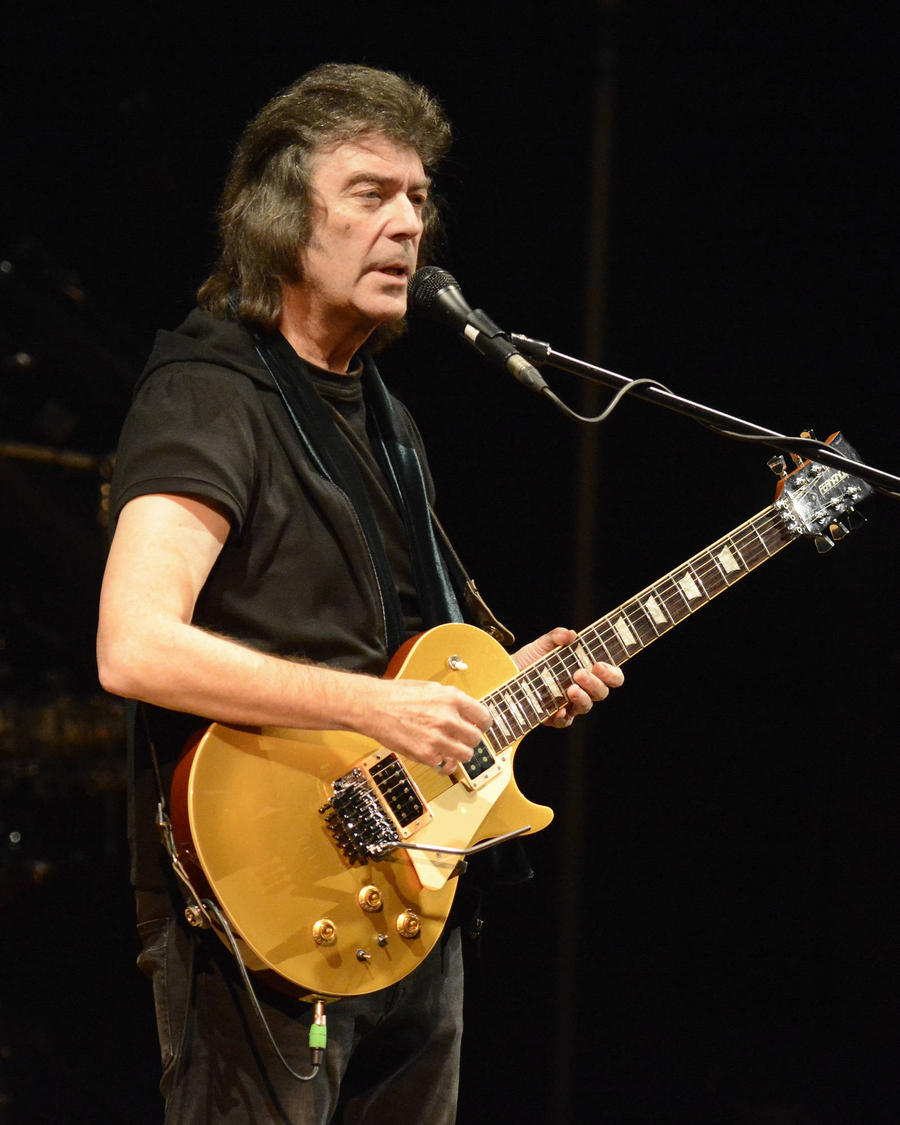 Steve Hackett Working On Full Genesis Reunion