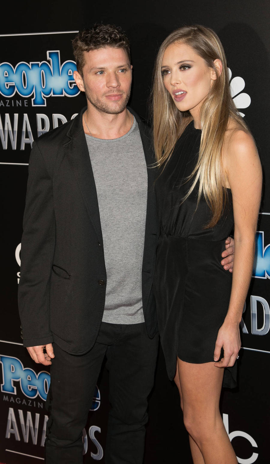 Ryan Phillippe Splits From Fiancee - Report