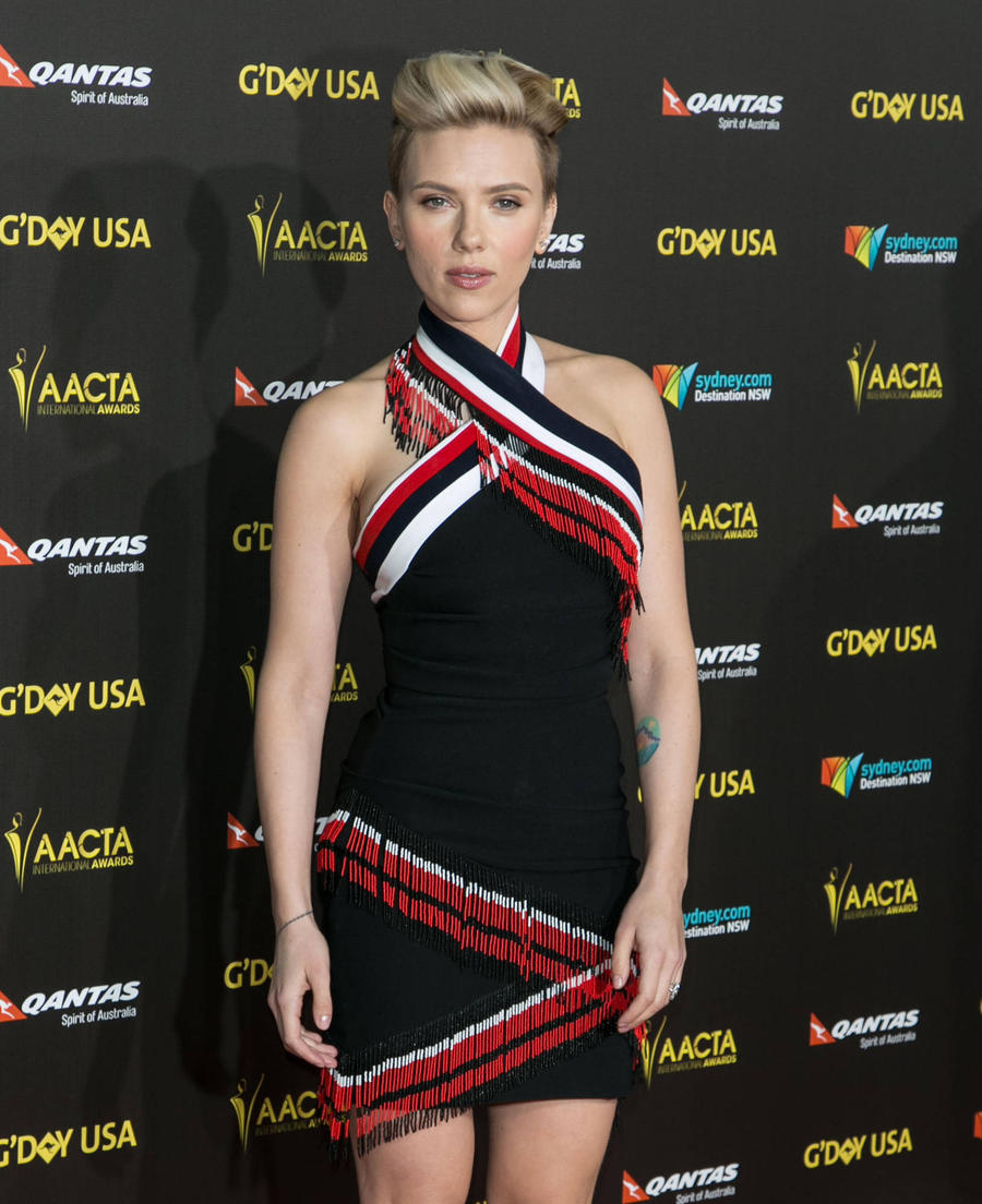 Scarlett Johansson 'Lost Herself' In Difficult Past Romance